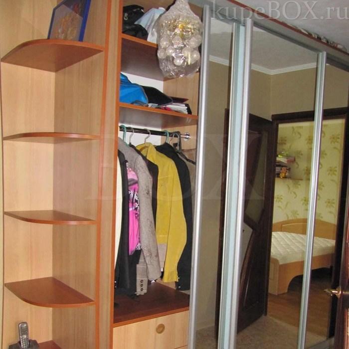 Вместительный шкаф-купе, фото