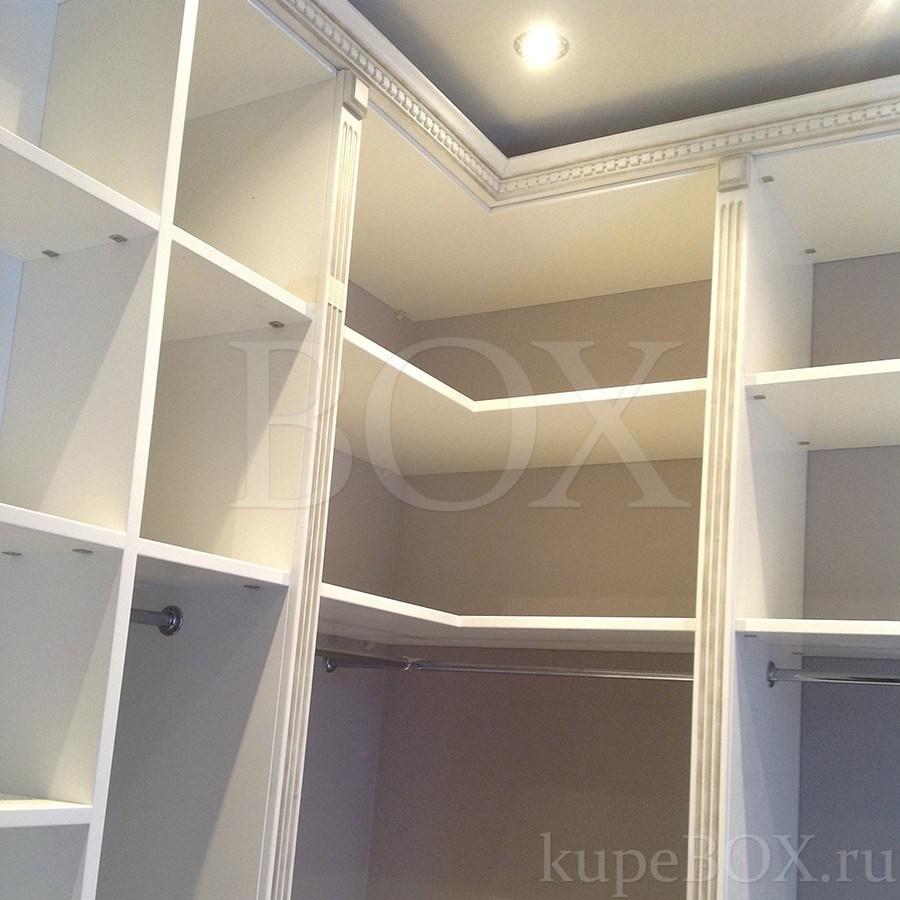 Угловая гардеробная в классическом стиле Дизайн Спальни С Угловой Гардеробной